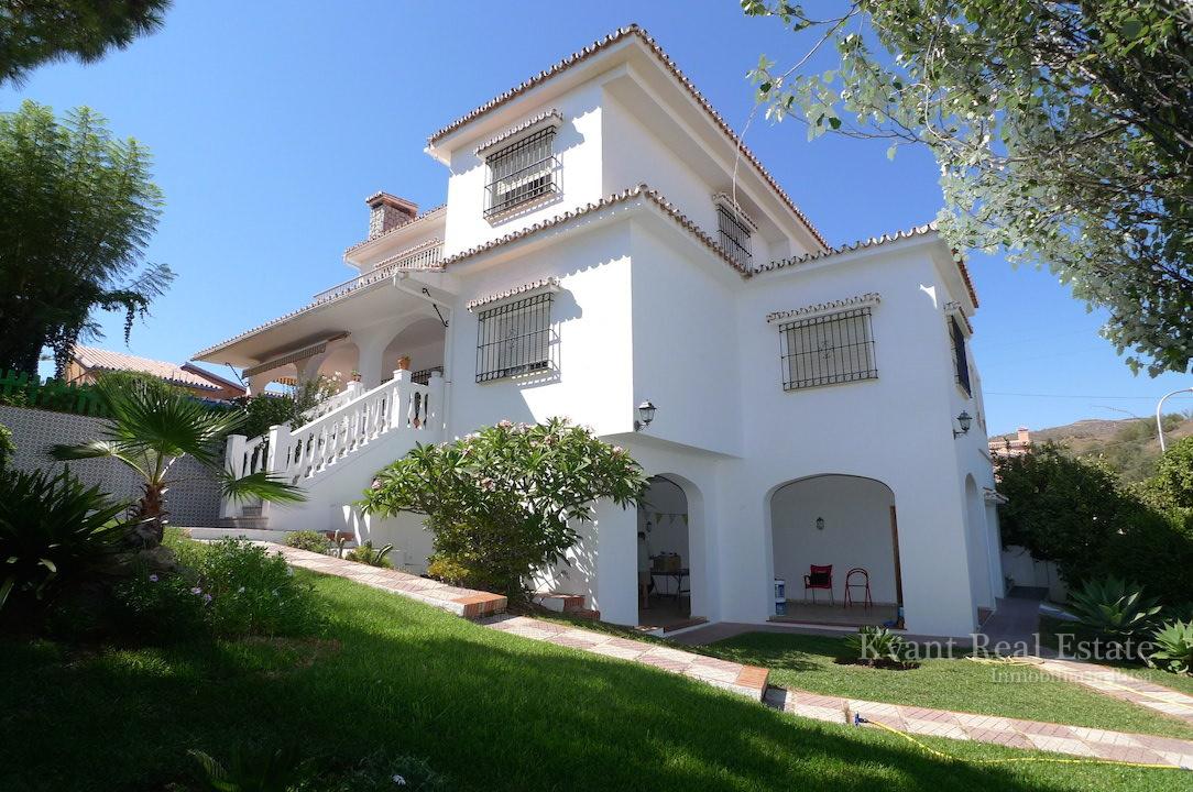 Дом на Коста дель Соль свидом на море