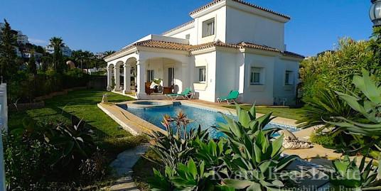 Дом с видом на море в Мирафлорес