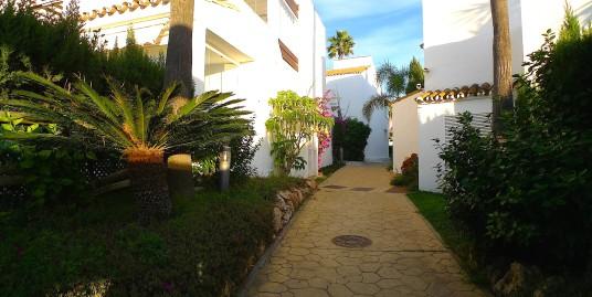 Прекрасная квартира в урбанизации с тропическими садами